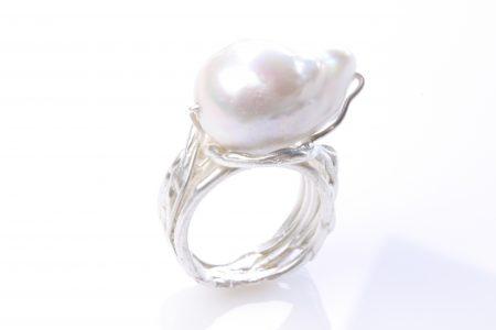 Handgesmede ring op maat met parel - Atelier aan 'Twater
